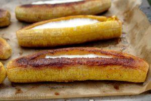 platanos-maduros-asados-con-queso-or-baked-ripe-plantains-with-cheese